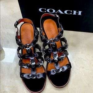COACH EXOTIC LINK MID HEEL SANDAL IN SUEDE SIZE 8